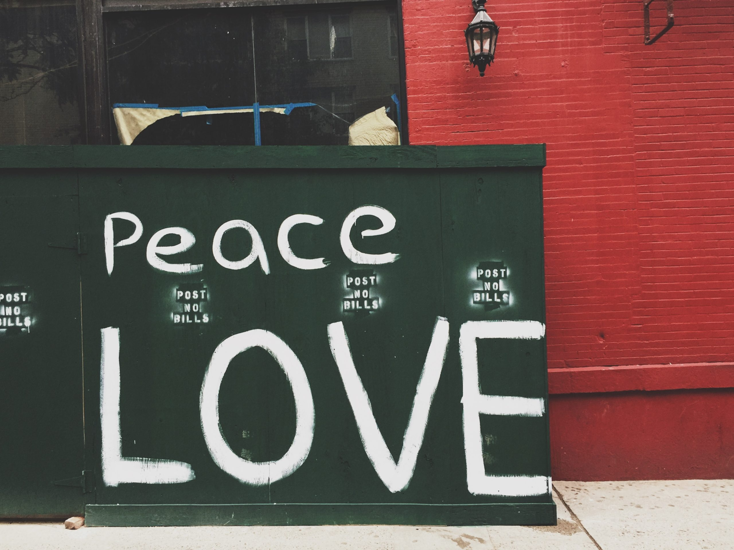 The Secret Mantra To A Happy Life Is Peace And Love- Hippie Culture